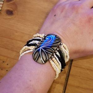 Bracelet and earring set